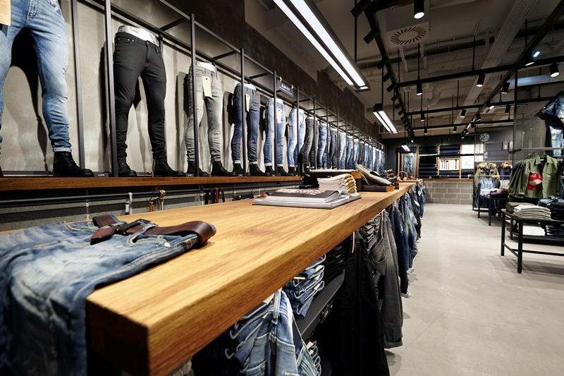 Jack & Jones jeans store | Pop-up store Tilburg