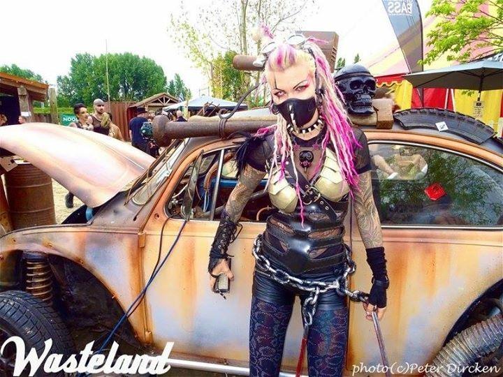 wasteland curator